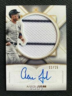Aaron Judge 2021 Topps Definitive Jersey Auto Autograph #11/15 with Pinstripes