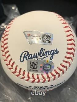 Aaron Judge Signed 2017 Rookie Of The Year Baseball, Fanatics & MLB Holos